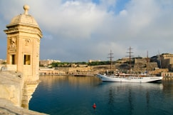Valletta Malta guided tour by Amy Pace