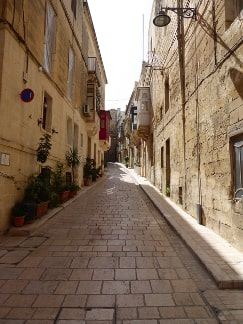 Vittoriosa Malta guided tour by Amy Pace
