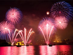 Valletta Grand Harbour fireworks Malta guided tour by Amy Pace