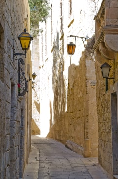 Narrow Streets of Mdina Malta guided tour by Amy Pace