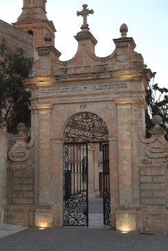Mellieha Malta guided tour by Amy Pace